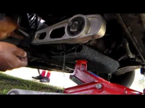 How to replace lower right motor mount Dodge and Plymouth Neon 2000-2005