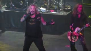 Watch Vince Neil Looks That Kill video