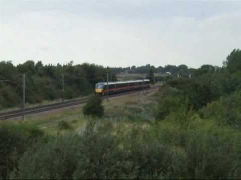 This video was filmed up between Yaxley and Farcet just south from Peterborough. The trains filmed here are the Class 91 National Express East Coast (NXEC) I...