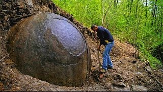 ESFERA GIGANTE DE METAL HALLADA EN UN BOSQUE DE BOSNIA - 60 ton Giant stone sphere found in Bosnia