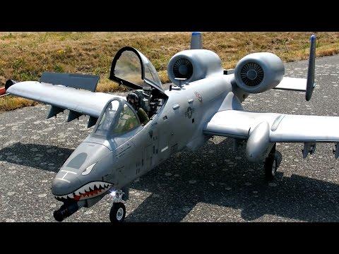 A-10 THUNDERBOLT WARTHOG SCALE 1:8,5 RC TURBINE JET MODEL FLIGHT / Meeting Gatow 2015 *1080p50fpsHD*