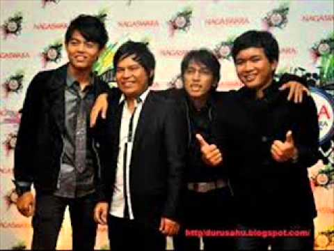download lagu Wali Band Single Maret  2015  Demam Batu gratis