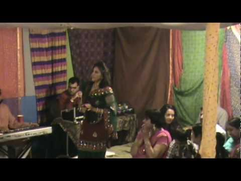 Bhabi Diva Jala.....geet Singing At Ladies Sangeet At Mrs N Mr Kansal S House In Markham video