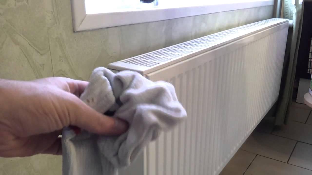 enlever le bruit de l 39 eau qui coule dans un radiateur astuce pour votre radiateur youtube. Black Bedroom Furniture Sets. Home Design Ideas