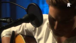 Douwe Bob - Stone into the river - Live uit Lloyd