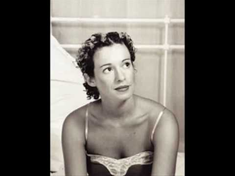 Kate Rusby - High On A Hill