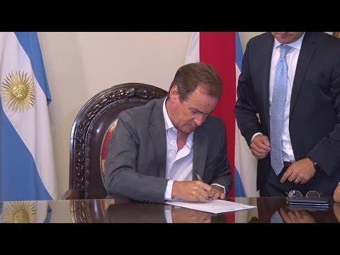 Bordet firmó contratos de obras educativas y hospitalarias: una para General Campos