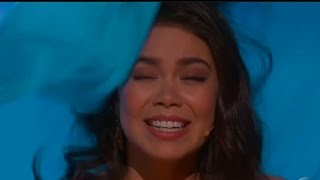 "Moana Star Auli'i Cravalho Gets Hit In The Head During 2017 Oscars Performance ""How Far I"