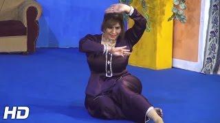 KIRAN CHOUDHRY - AKH SURMAI VE - 2016 PAKISTANI MUJRA DANCE