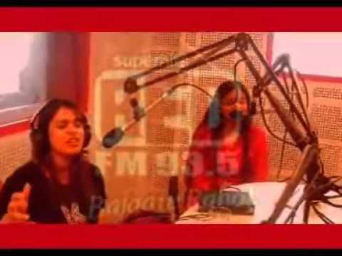 Shalmali Unplugged In Red Fm Studio  Lat Lag Gayi video
