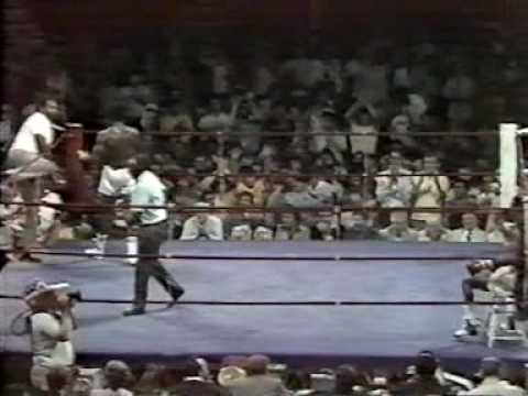 Sugar Ray Leonard vs Floyd Mayweather 09.09.1978 (2/4) Video