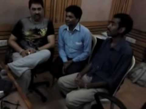 KUMAR SANU WITH ROHITRAJ GUPTAA AND CM RAI OCEAN STUDIO .mp4
