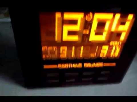 Oregon Scientific RRM902 Rainbow Digital Clock with FM Radio Review