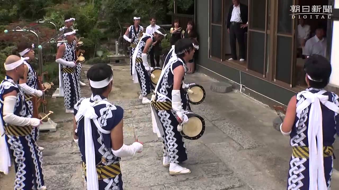 新盆の家回る、じゃんがら念仏踊り 福島・いわき