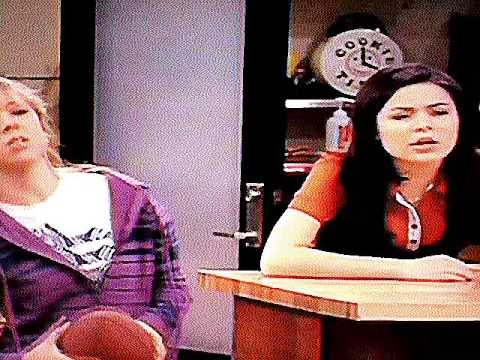 Inappropriate Hidden Image on iCarly