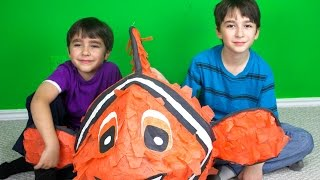 GIANT NEMO SURPRISE, Surprise Eggs, Angry Birds Mash