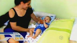 Mulher descobre gravidez quando nasce o filho