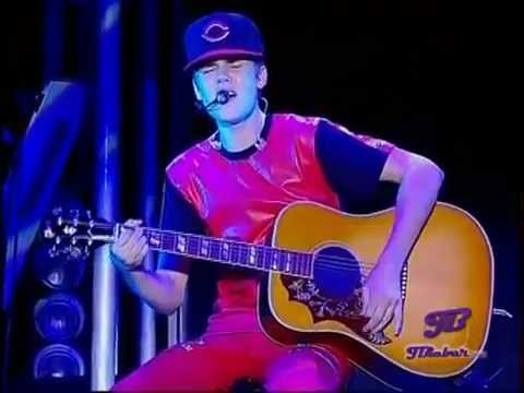 Justin Bieber - Favorite Girl  Live Hd 2011 video