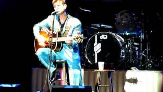 Watch Chris Isaak Western Stars video