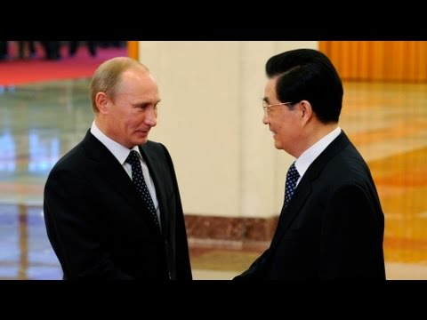 Putin tries to boost China-Russia relations