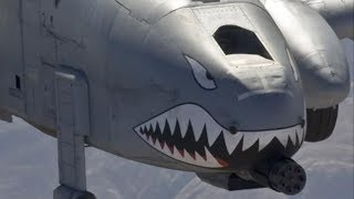 STUNNING FOOTAGE of an A-10 THUNDERBOLT II and an F-18 HORNET being mid-air REFUELLED!