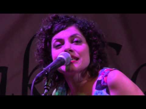 Carrie Rodriguez and Luke Jacobs ~I Cry for Love~  LIVE IN AUSTIN TEXAS