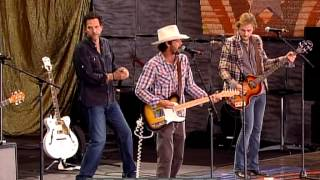 Ryan Bingham & the Dead Horses - Hard Times (Live at Farm Aid 2009)