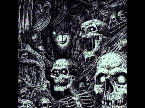 Hooded Menace - The Haunted Ossuary