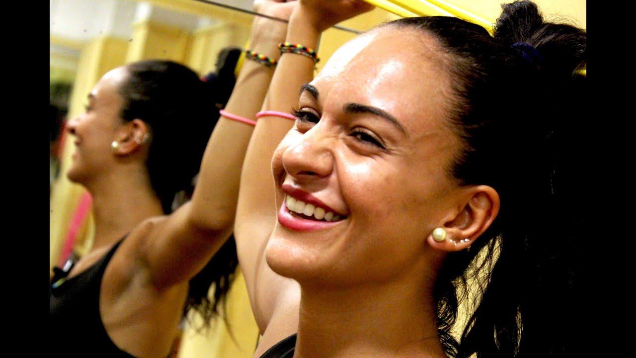 Zumba fitness lezioni in italiano per imparare esercizi for Creatore di piani casa online