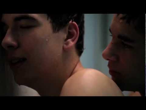 Посмотреть ролик - Смотрим обзор BOYS ON FILM: BAD ROMANCE - Gay Short Film