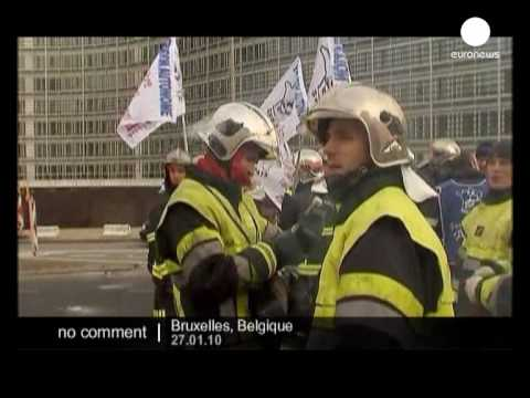 French firemen protest in Brussels