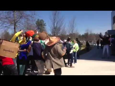 Georgia Gwinnett college bear Harlem shake 3