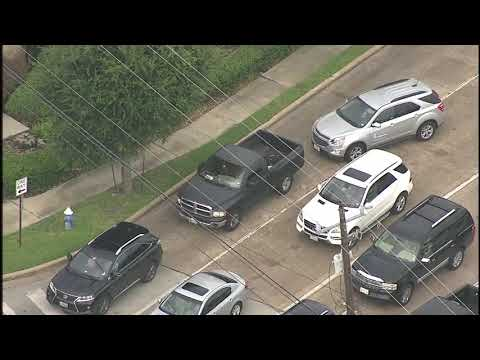 Police chase man in underpants through streets of Houston