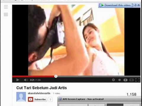 artis indonesia ciuman terekam kamera CCTV