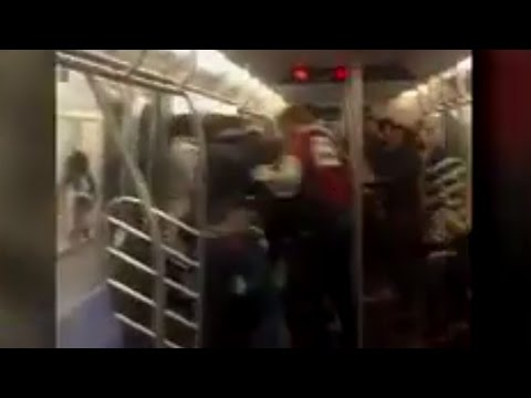 Best Part Of This NYC Subway Fight? The Camera Man's HILARIOUS Comments!