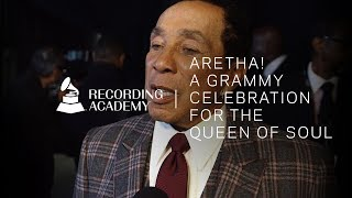 Smokey Robinson Honors Aretha Franklin With Moving Speech | Aretha! A GRAMMY Celebration