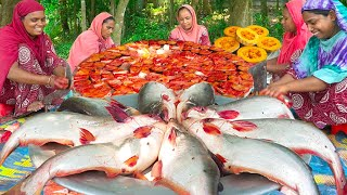 Play this video Pangas Fish Curry with Sweet Pumpkin - Pangasius Fish Delicious Curry Recipe Cooking in Village