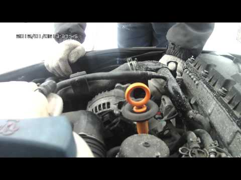 Видео как снять генератор Пассат Б5
