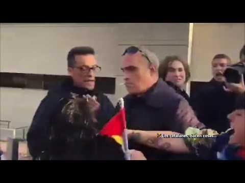 Part1- Insutos y empujones en Badalona a simpatizantes de Vox por parte de independentistas