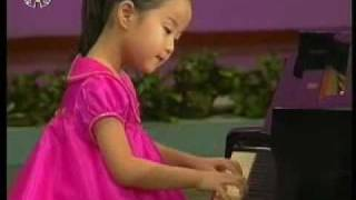 "[Piano] Yu Pyol Mi - ""The General and Children"" {DPRK Music}"