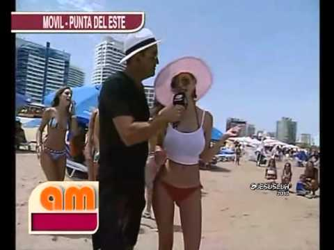 AM:Desfile Con Chicas en La Playa (06/01/2012)