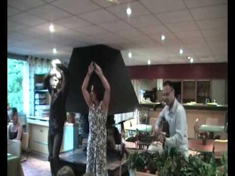 2009 07 04 repas mariage danse espagnole