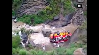At least six people killed in bus accident in Himachal Pradesh