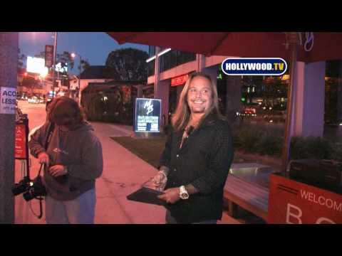 Vince Neil Talks About Bret Michaels