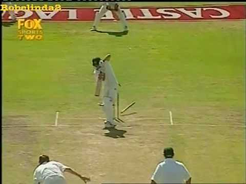 10,000th bowled dismissal in test cricket, ALLAN DONALD SPEED!!!!!!