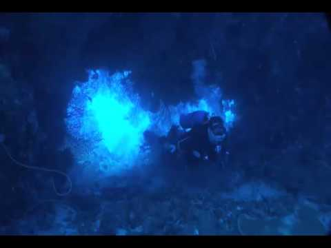 Scuba Diving Grand Cayman Island: Ghost Mountain