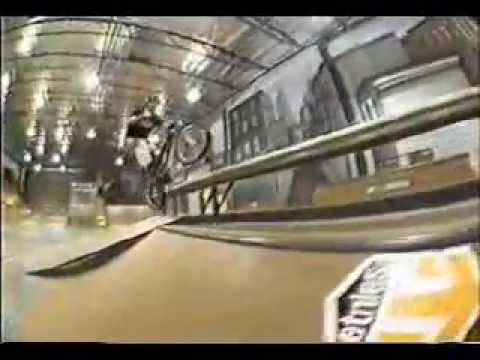 BMX Street Josh Stricker (Etnies) Video