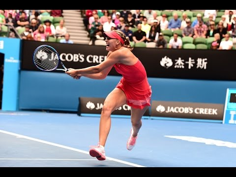 Eugenie Bouchard vs Maria Sharapova AMAZING POINT Australian Open 2015