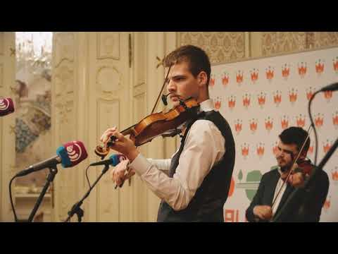Halmos Béla Klub 2.: Beszélgetés Sebő Ferenccel; Bajkó Zenekar koncertje, táncház