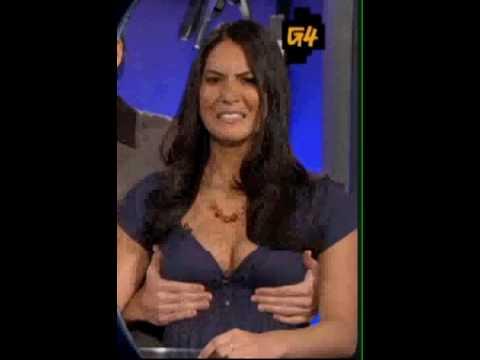 Olivia munn boob slip